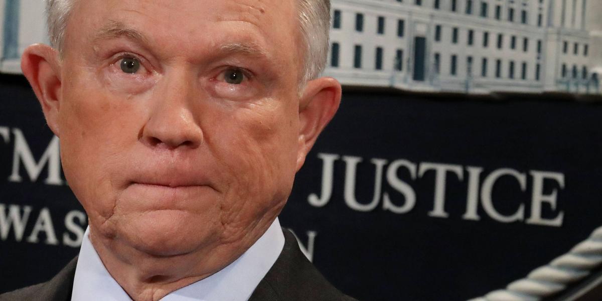 """Fiscal general de EEUU no piensa renunciar pese a que Trump lo tache de ser """"injusto"""" con él"""