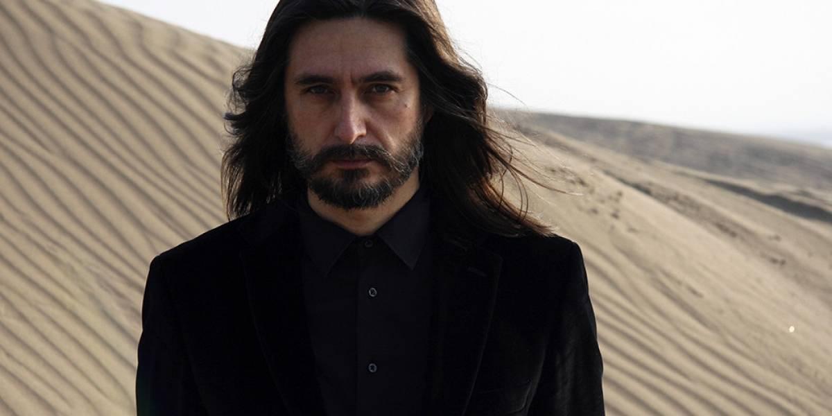 Alfonso André continúa carrera de solista con 'Mar Rojo'