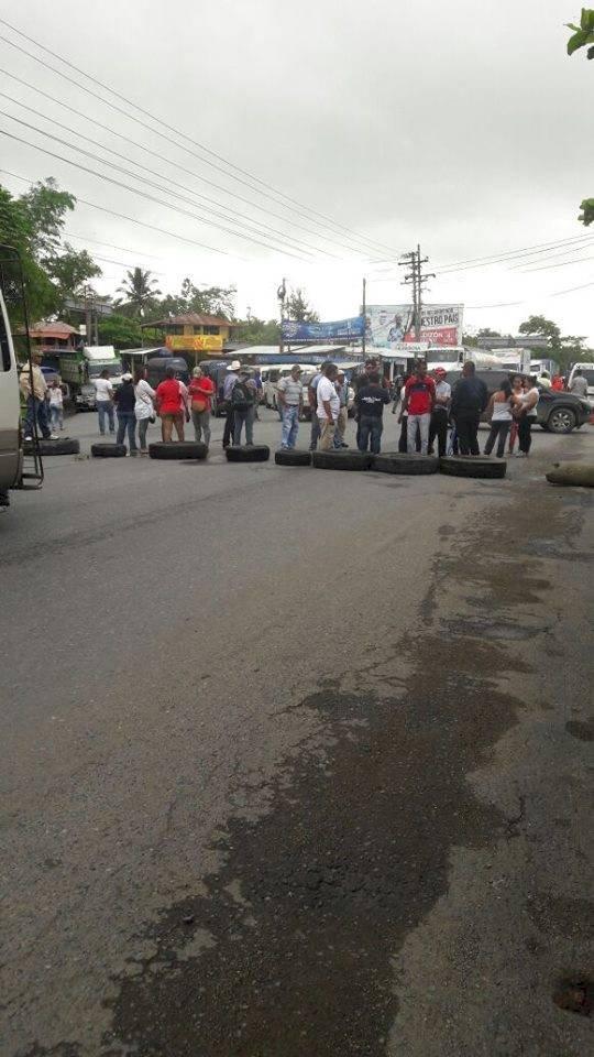 Trabajadores del Ministerio de Salud realizan manifestación. Foto: Cortesía