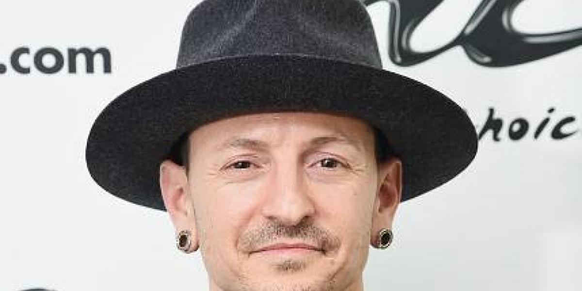 Reportan suicidio de vocalista de Linkin Park, Chester Bennington