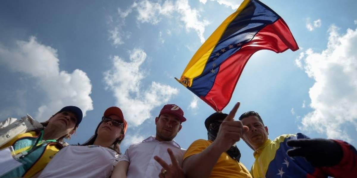 México pide a Maduro suspender Asamblea Constituyente