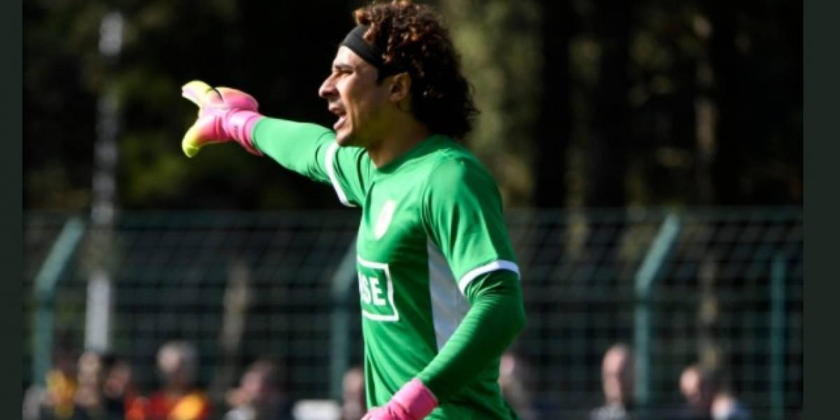 Memo Ochoa sigue con buenas actuaciones en Standard de Lieja