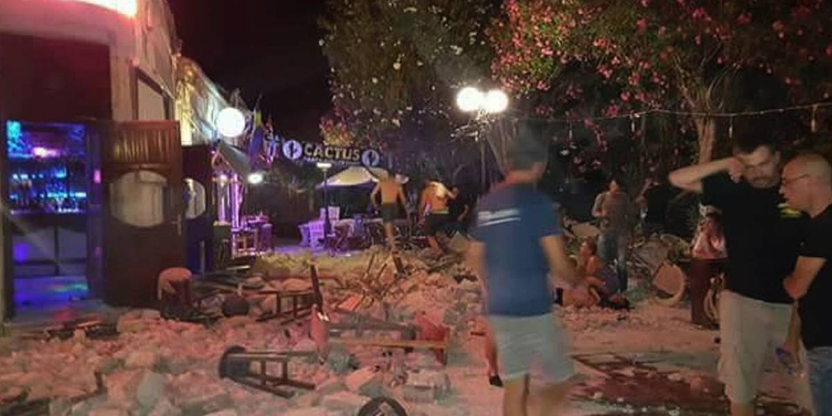 Dos muertos y más de 100 heridos por sismo en Grecia