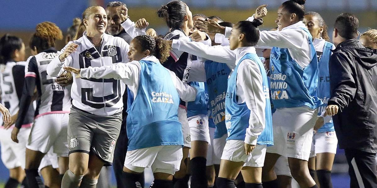 333753f414 Santos derrota Corinthians por 1 a 0 e conquista o título do Brasileiro  Feminino