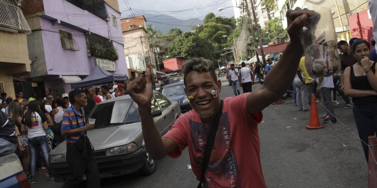 Venezuela: Maduro y opositores afrontan huelga crucial