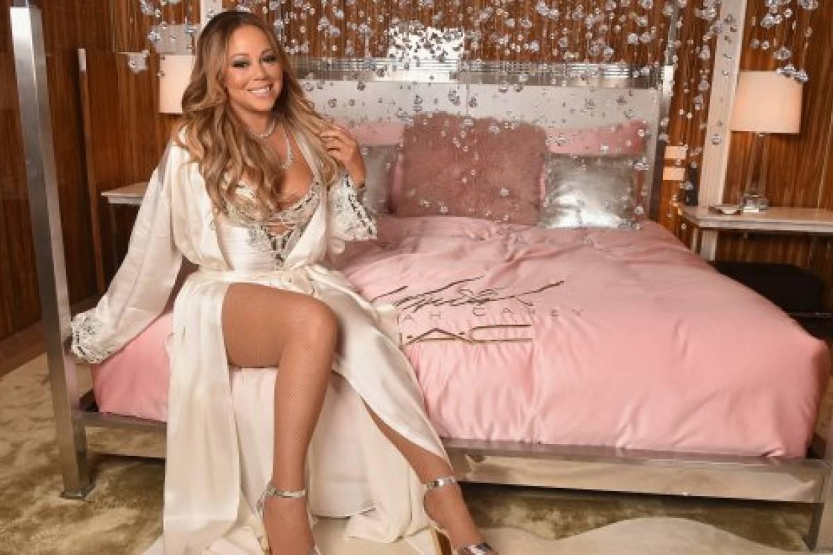 Mariah Carey quema su vestido de novia y se toma sensuales fotos en ...