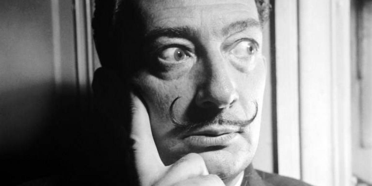 """Los médicos que exhumaron a Dalí no podían creer lo que vieron a 28 años de su muerte: """"tenía el bigote intacto"""""""
