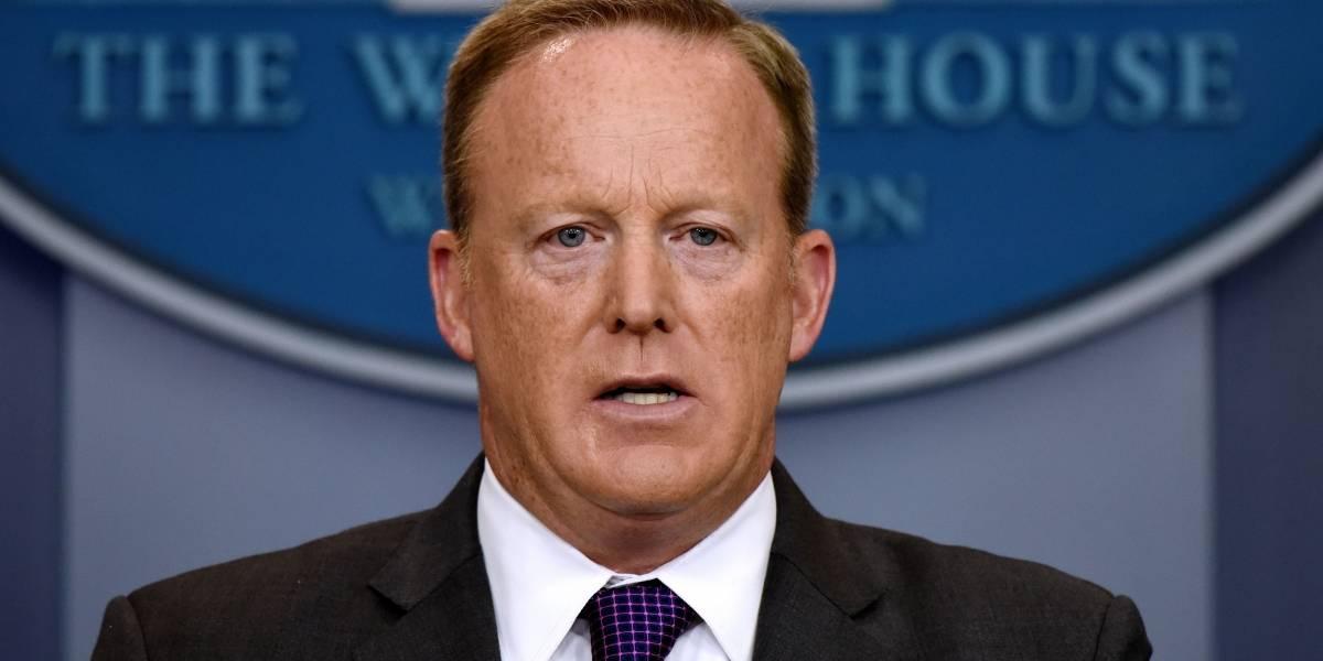 Trump se queda sin apoyo: renuncian su abogado y el portavoz de la Casa Blanca