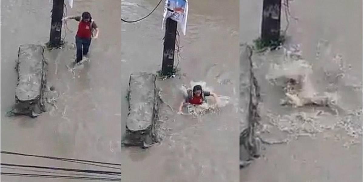 VIDEO: Una joven sobrevive de milagro tras caer a una alcantarilla