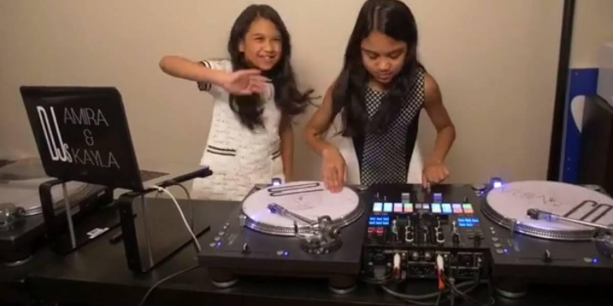 Este es el remix de 'Mi Gente' hecho por gemelas de 11 años que fascinó a J Balvin