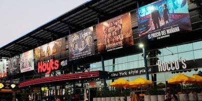 Reportan caída de ascensor en cine Hoyts de La Reina