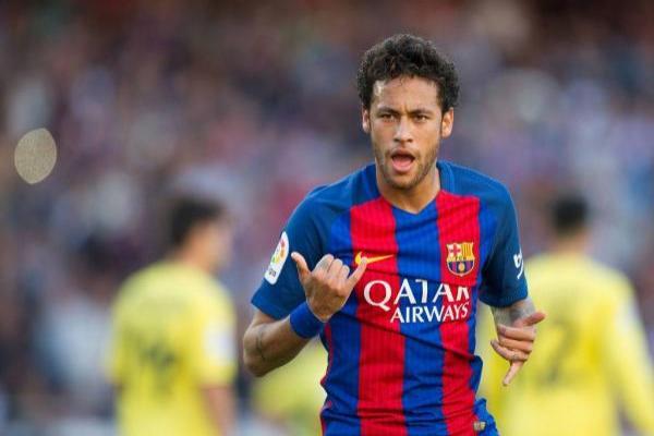 Neymar está en la mira del PSG / Getty Images