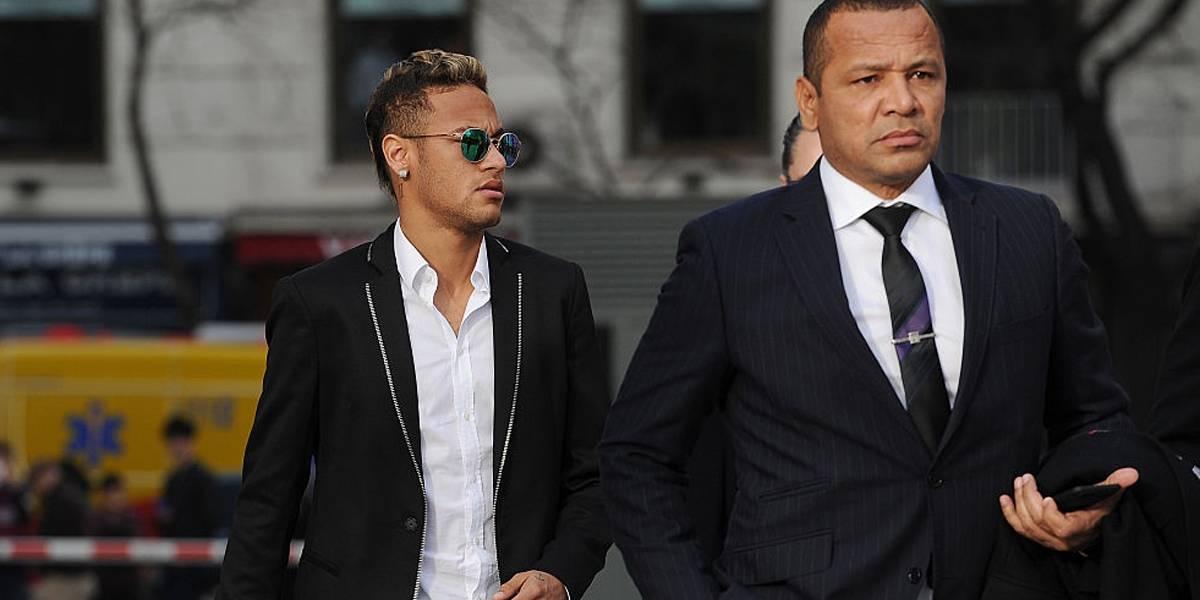 Pai de Neymar agradece após craque ser visitado por presidente e comitiva do PSG