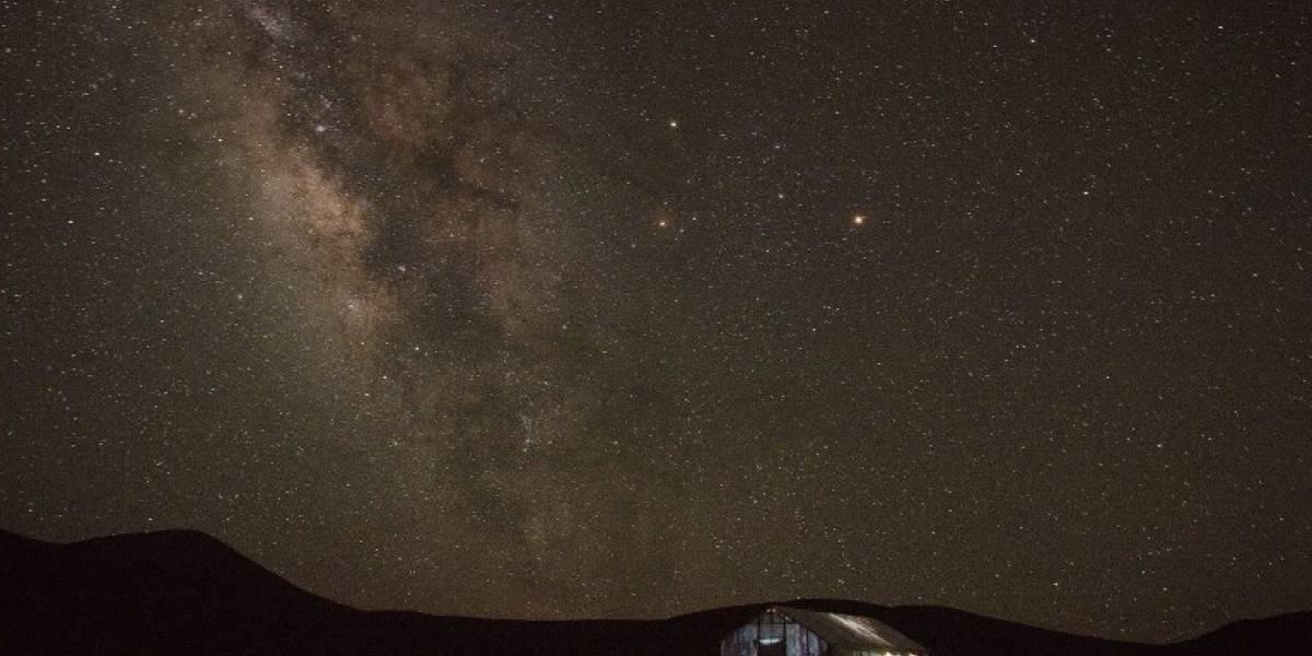 """Astrónomos resuelven """"misterio"""" de la extraña señal enviada desde una estrella ¿Son extraterrestres?"""