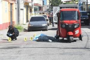 Asesinan a piloto de tuc tuc en la colonia Quinta Samayoa