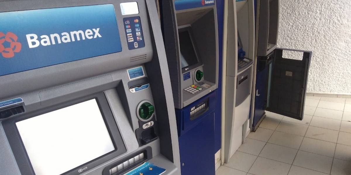 Clientes reportan fallas en cajeros y servicios de Citibanamex