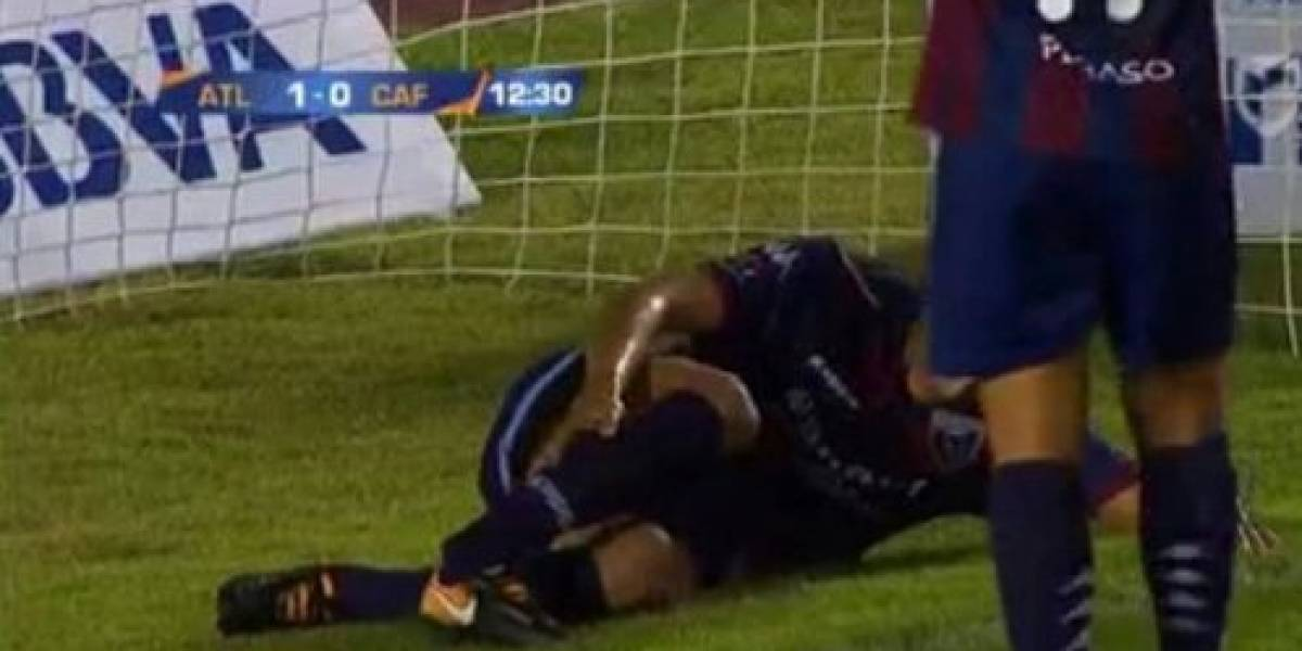 VIDEO: Futbolista mexicano anota gol y sufre terrible fractura