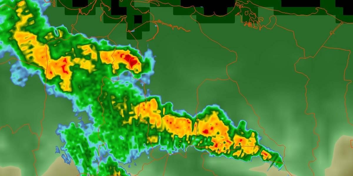 Avisan de inundaciones a través de toda la isla