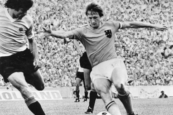 El holandés volador marcó una época en el fútbol mundial / Getty Images