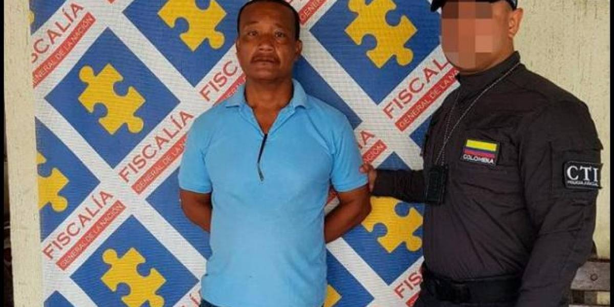 Capturan a pastor cristiano acusado de atacar a su esposa con un machete