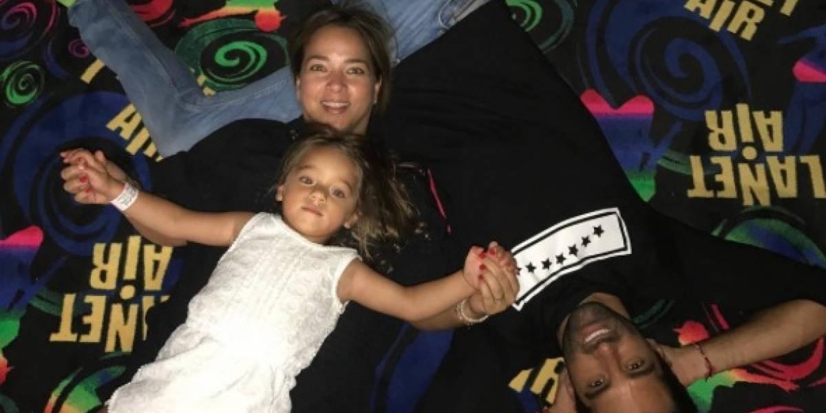 Adamari López y su familia desafían al huracán Irma. ¡Lo vivieron así!