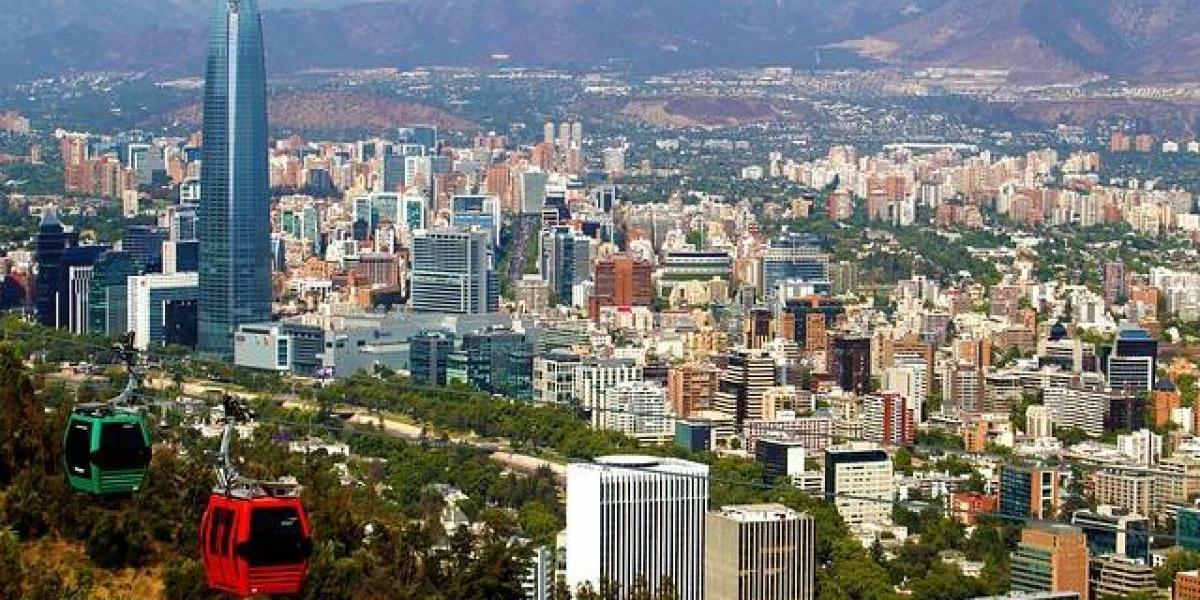 """""""Espléndida joya"""": medio español destaca a Santiago dentro de un top 5 de ciudades que se deben visitar"""