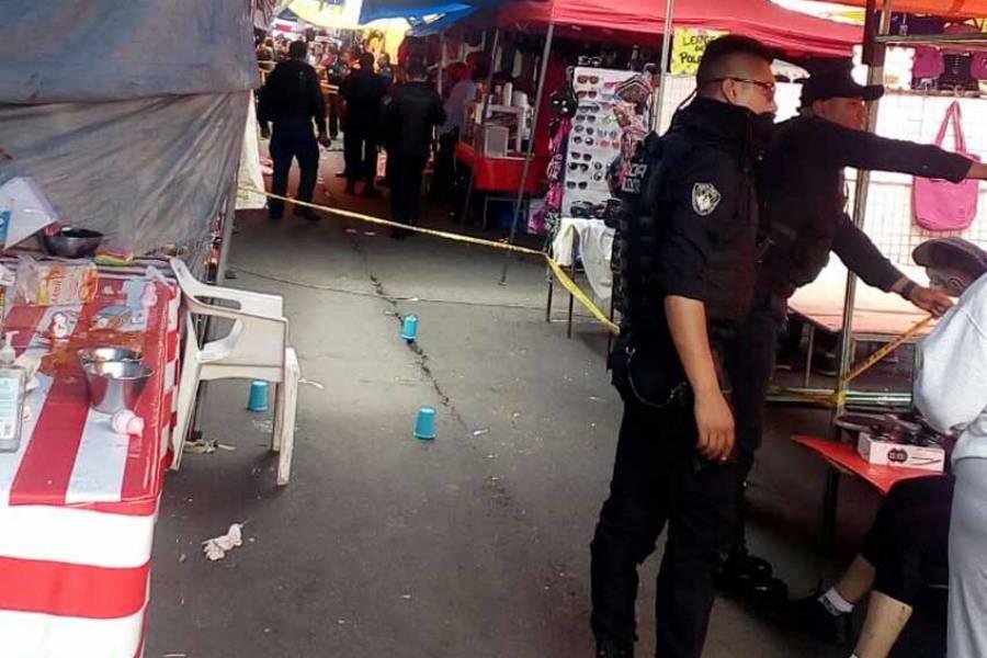 Reportan dos muertos tras balacera en tianguis de San Juan en Iztapalapa