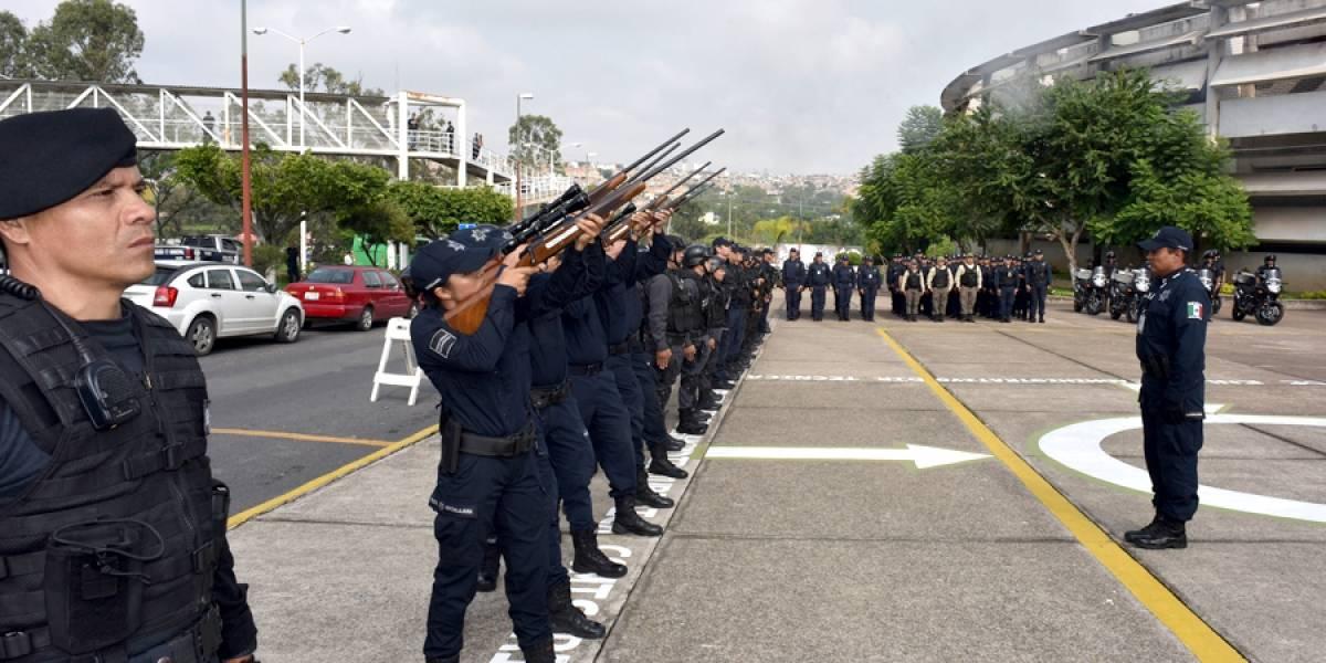 Rinden homenaje a los dos policías tapatíos asesinados