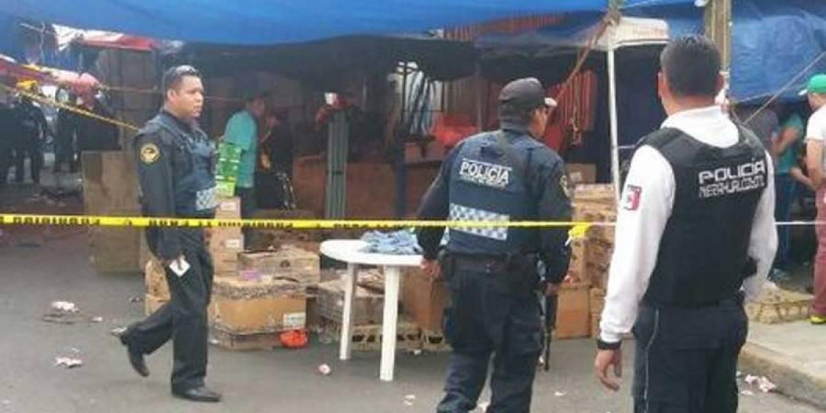 Balacera en mercado de la capital de México deja dos muertos y niños heridos
