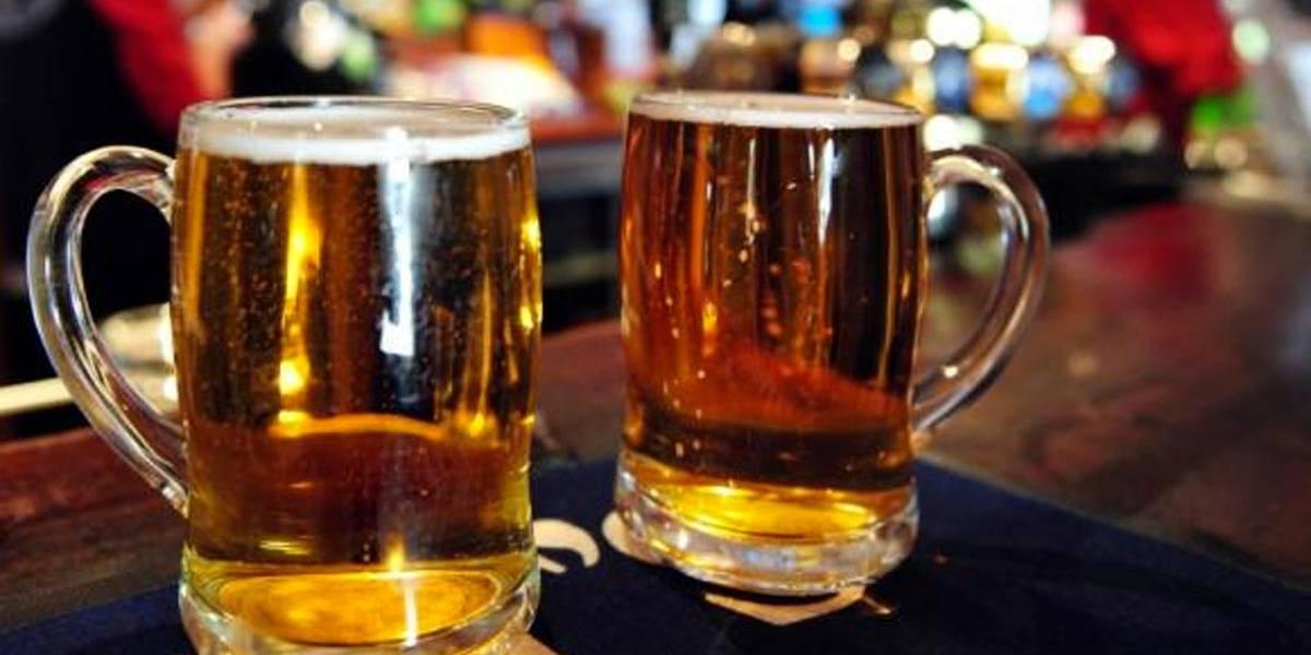 Beber cerveja pode combater osteoporose em mulheres,aponta estudo