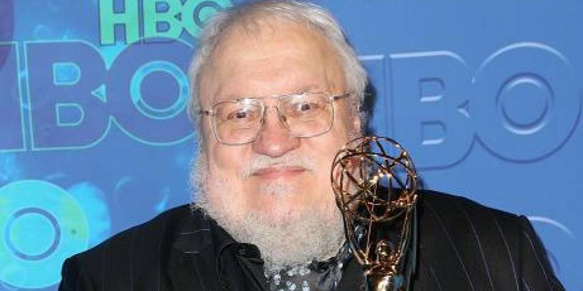 Autor de Game of Thrones promete dos libros nuevos para 2018