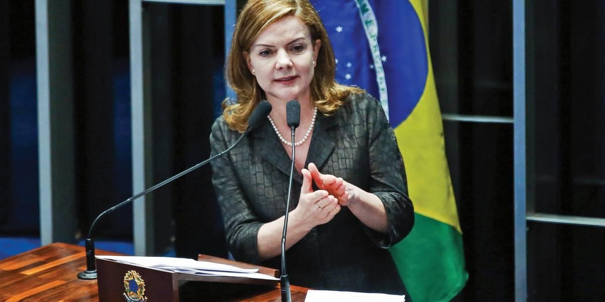 Petrobras quer que Gleisi Hoffmann devolva R$ 1 milhão à empresa