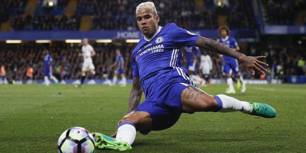 ¿Qué dijo Kenedy, jugador del Chelsea, que obligó a que el club se disculpara con China?
