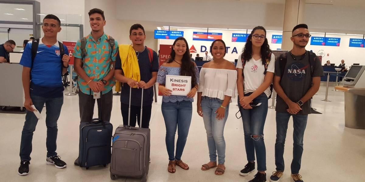 Estudiantes asisten a programa especializado en prestigiosa universidad