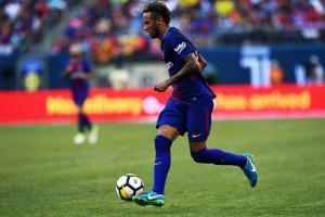 Neymar en una acción en partido frente a la Juventus