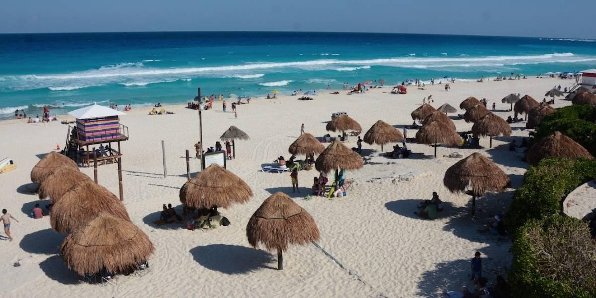 El 20% de mexicanos paga sus vacaciones con crédito o débito