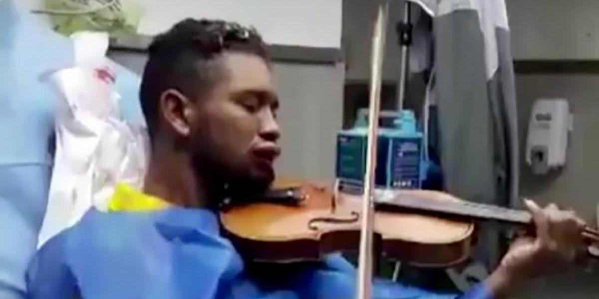 Wuilly Arteaga, el violinista que pone música a las protestas contra Maduro [Contiene imágenes sensibles]
