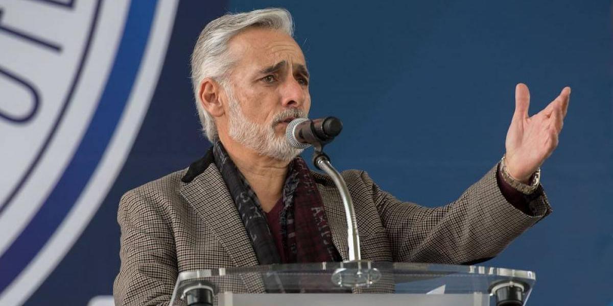 Jesús Martínez le pide a Osorio que deje a un lado las rotaciones