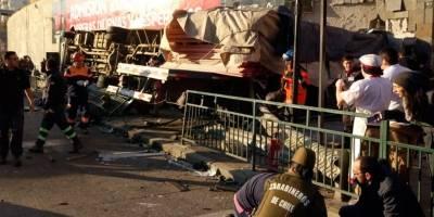 Violento accidente en Viña del Mar: Camión queda incrustado en un mall