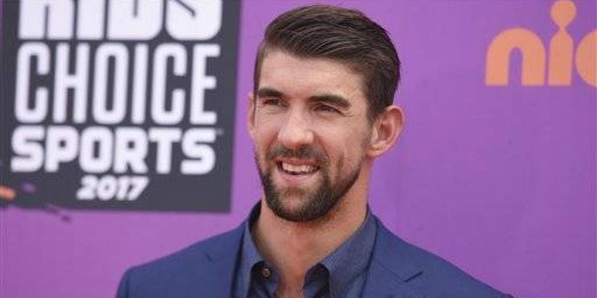 Phelps pierde en una competencia simulada contra un tiburón blanco
