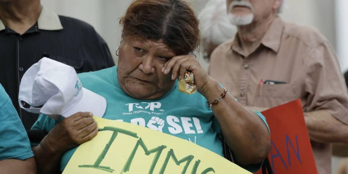SRE confirma a cuatro migrantes mexicanos muertos en tráiler en Texas