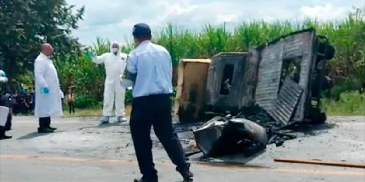 En un trasteo, conductores de motocarro murieron incinerados