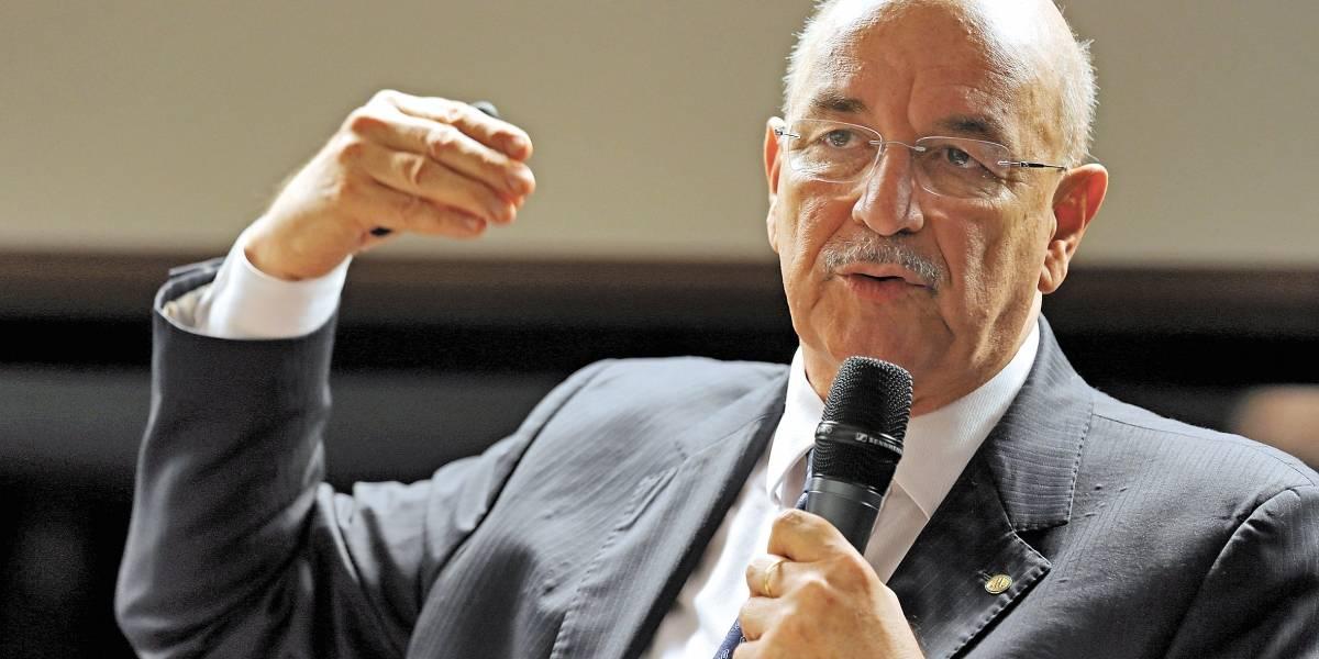 Bolsa Família será reajustado em 2018 acima da inflação, diz ministro Osmar Terra