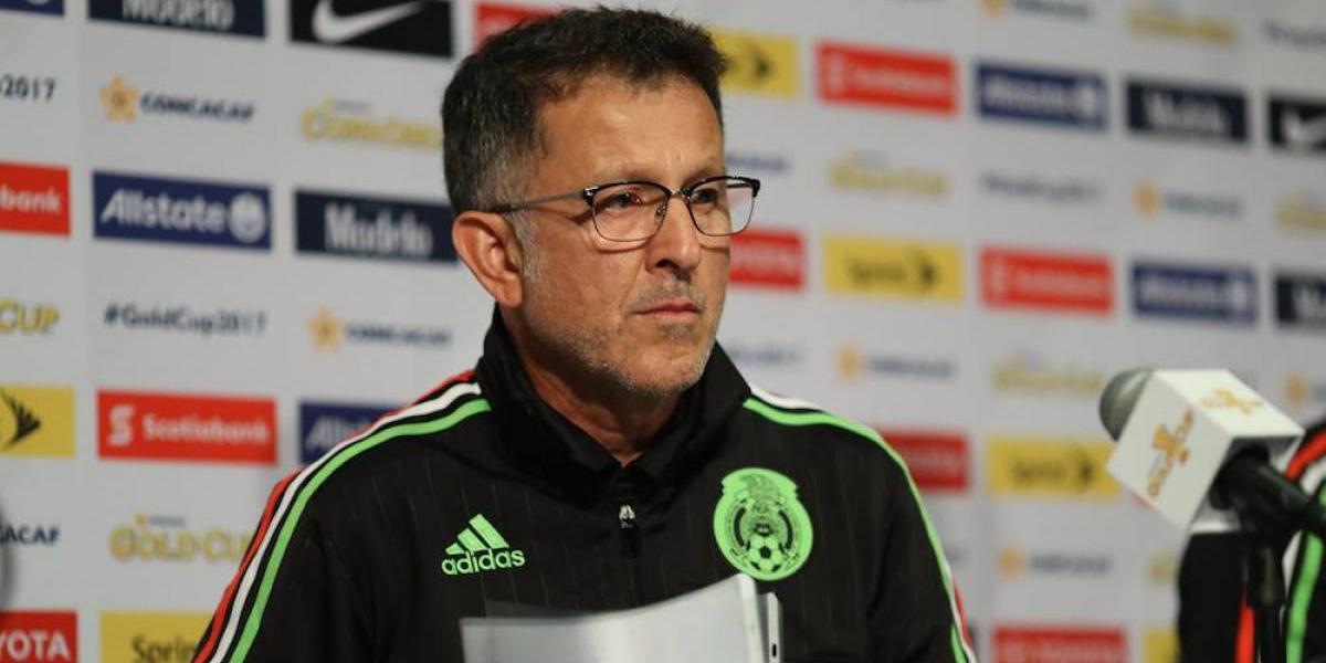 """VIDEO: Afición le grita en la cara al DT del Tri: """"¡Fuera Osorio!"""""""