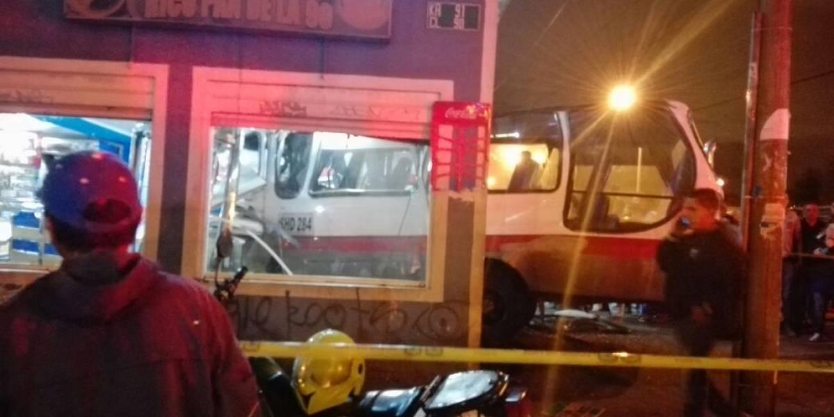 Tras accidente en Quirigua, propietario de panadería se pregunta quién pagará por los daños