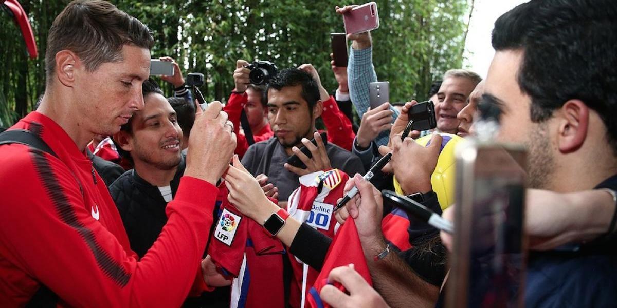 Fans mexicanos madrugan para recibir al Atlético de Madrid en la CDMX