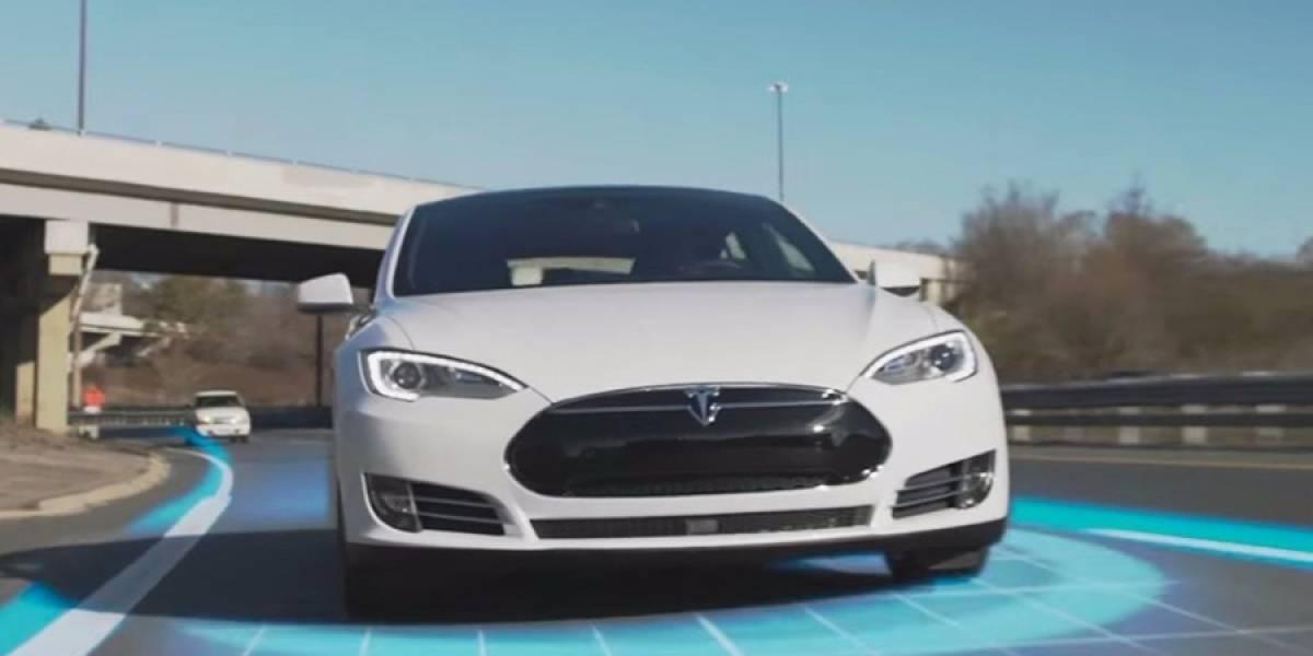Tesla vuelve a sufrir con el Autopilot