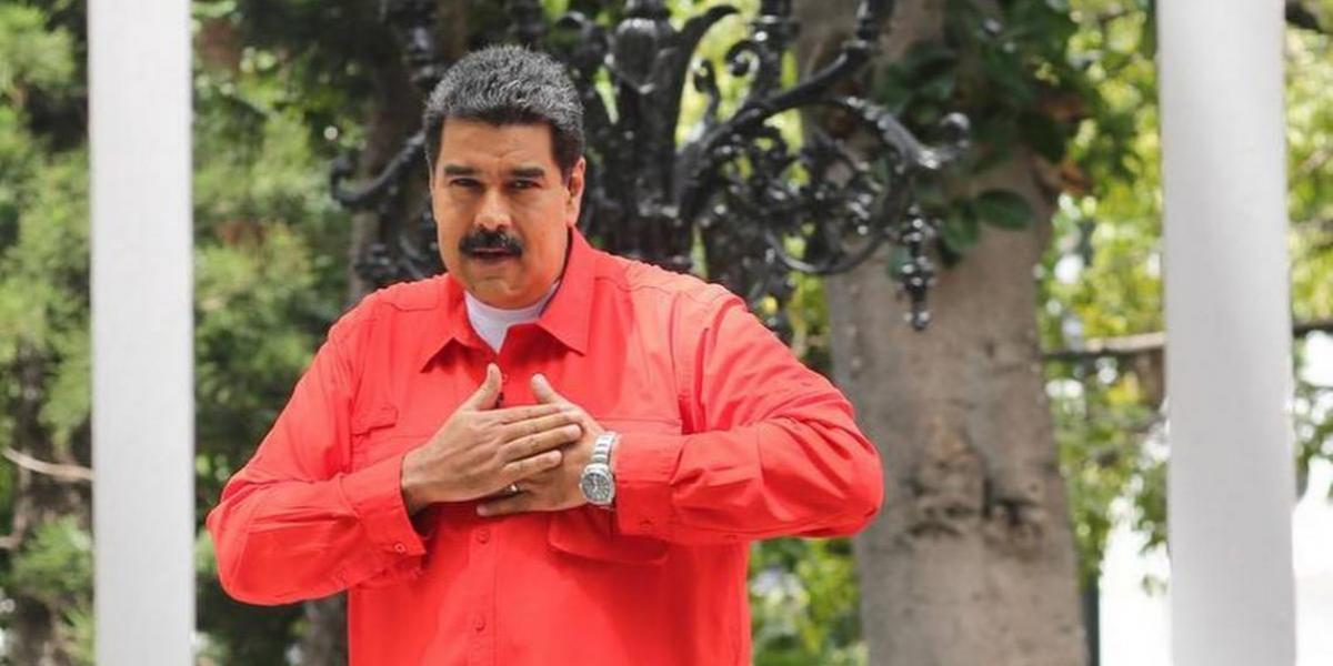 El código QR: el sistema que controla los votos de Maduro