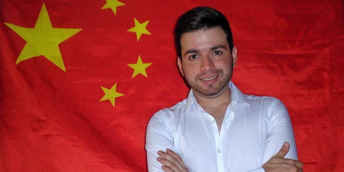 Joven boricua trabajará como maestro en China