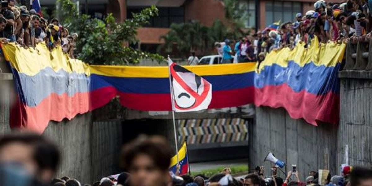 Detienen a otros dos magistrados venezolanos nombrados por el Parlamento